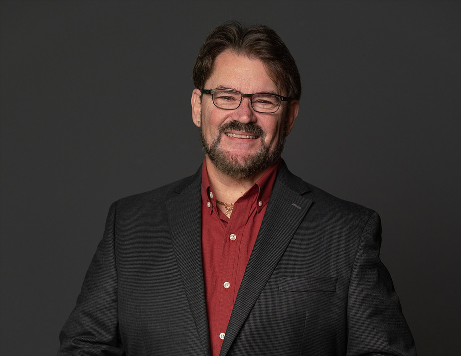 Tony Schiavone Signs Multi-Year Deal with AEW