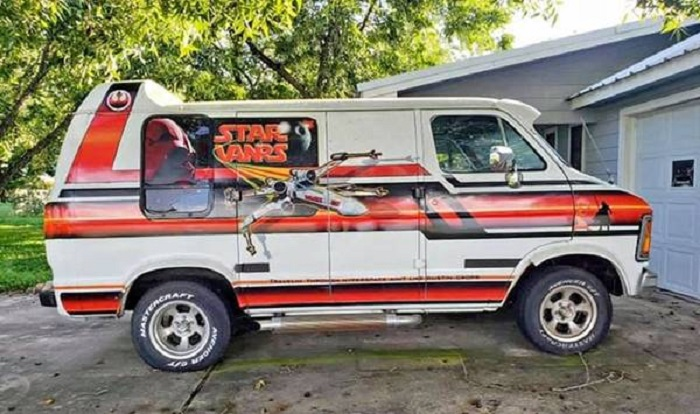 If Rocking, This Star Wars Van Is, Come Knocking, Do Not