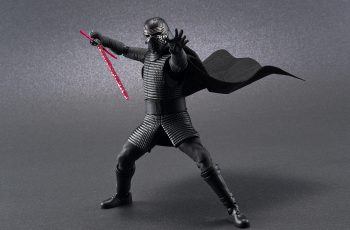 Bandai Kylo Ren model