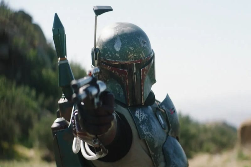 Boba Fett Helmet Dent No Longer Makes Sense (Thanks, Mandalorian)