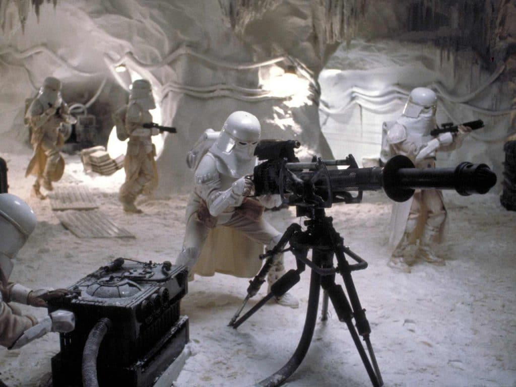Snowtroopers setting up an E-web.